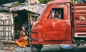 Red T_Kolkata_o