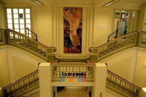 3. Palazzo Sello oggi. scala monumentale