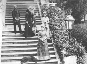 Stefania del Belgio (in primo piano) a Miramare