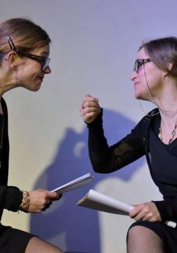 """Dietro le quinte dello spettacolo """"Le amanti"""", con le attrici Diana Hobel e Laura Bussani"""